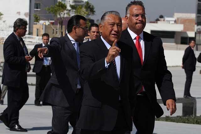 Propone EPN a Melquiades como embajador en Costa Rica