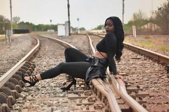 Tragedia: Muere modelo embarazada tras ser arrollada por un tren