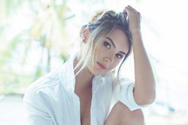 8 fotos de la angelical Susana Tamayo que te cautivarán por su belleza