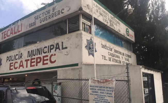 Sujetos encapuchados roban 20 armas de módulo de policía de Ecatepec