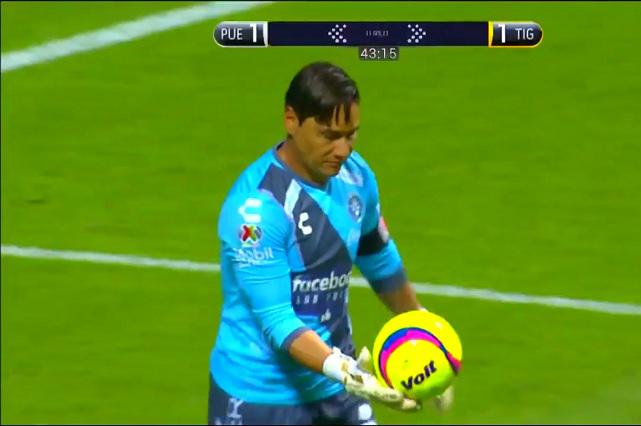 3 osos de Moisés Muñoz con el Puebla que terminaron en gol
