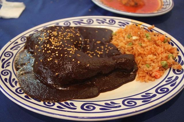 Restaurantes capitalinos harán la Comida en Honor del Mole Poblano