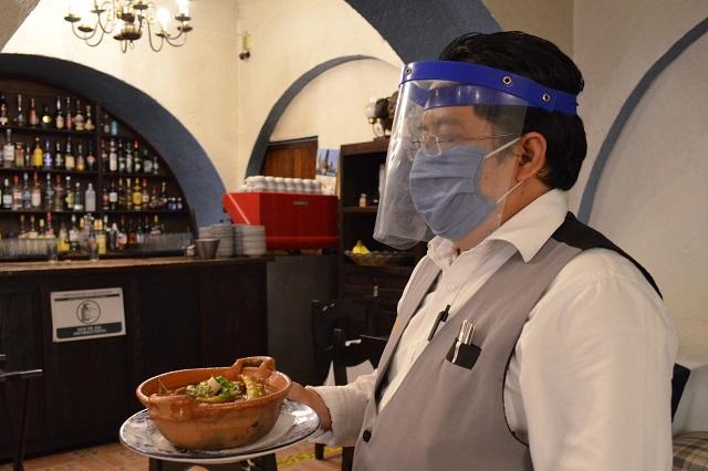 Esperan comercializar en Puebla 100 mil platos de mole de caderas