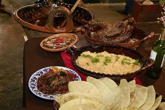 San Andrés Cholula es sede del 25 Festival del Mole Poblano