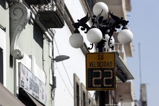 Colocan radares para medir velocidad en 28 puntos de Puebla