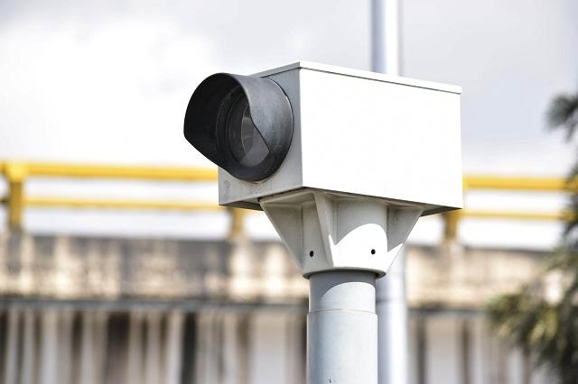 Inicia instalación de radares de fotomultas
