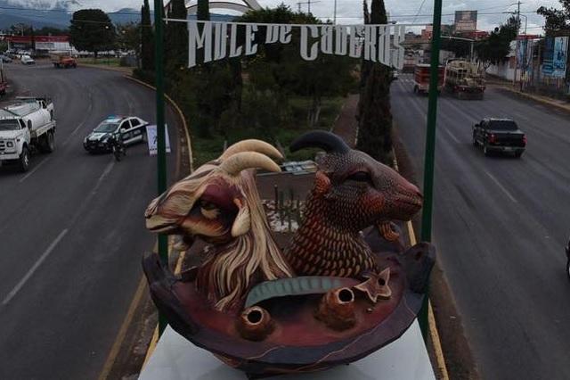 Gobierno de Tehuacán dice adiós a chivos 'satánicos'