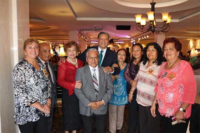 Jesús Morales Flores recibe el respaldo del sector educativo