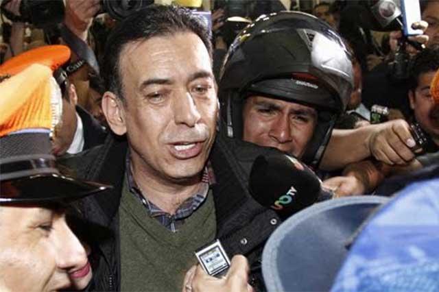 Humberto Moreira analiza demandar a quienes mancharon su honor