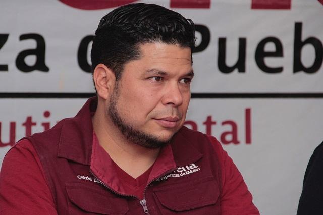 No es prudente que Rivera viaje con Banck, acusa Biestro