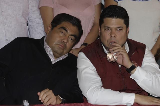 A un paso de anularse la elección en Puebla, sostiene Barbosa