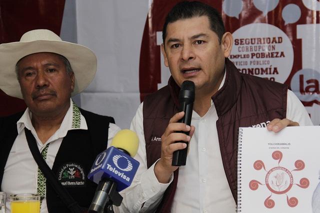Firmas extranjeras saquean riqueza minera de Puebla, denuncia Armenta