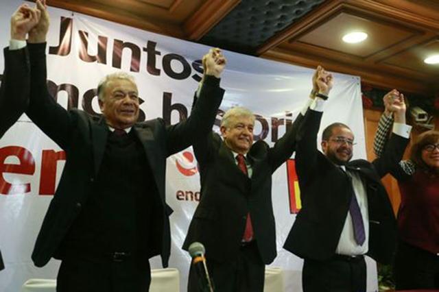 Anaya renuncia presidencia del PAN; va por Candidatura