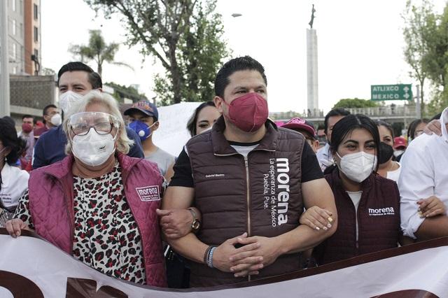 Claudia Rivera ya es candidata; Biestro exige al IEE rechazarla