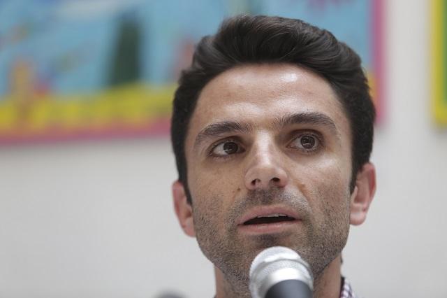 Iniciativa para gobiernos de coalición por miedo a voto de castigo: Morena