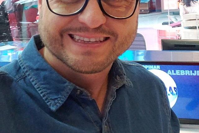 Él es el comunicador que dijo en programa de Televisa analmente