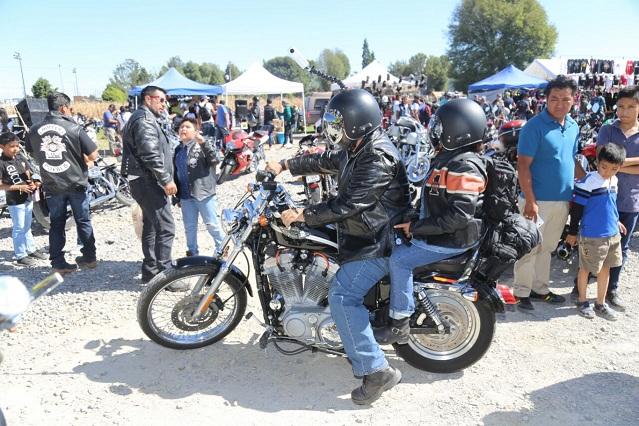 Reciben en San Andrés Cholula a 5 mil motociclistas del país