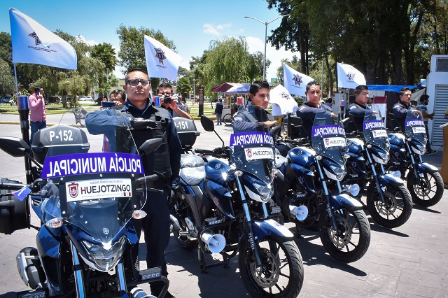 Entregan 5 nuevas motopatrullas a policía municipal en Huejotzingo