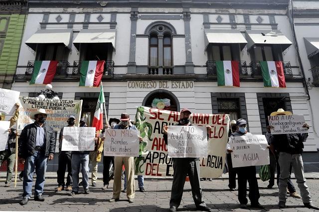 Exigen al Congreso ley contra cañones antigranizo en Puebla