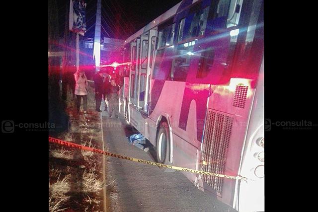 Muere arrollado por camión de RUTA en el bulevar Atlixco