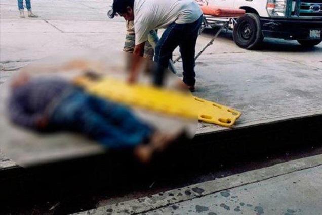 Muere edil auxiliar de Atlixco tras colocar piñata y resbalar