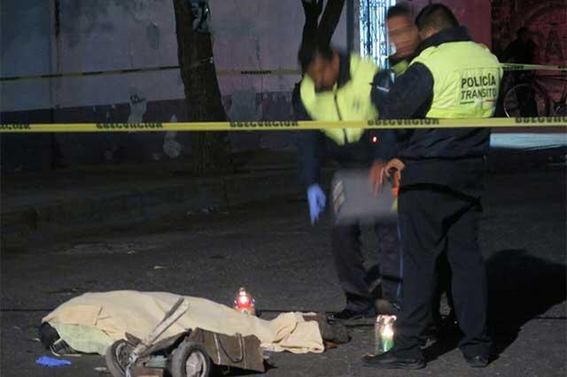 Atropellan y matan a septuagenario frente al Mercado Xonaca