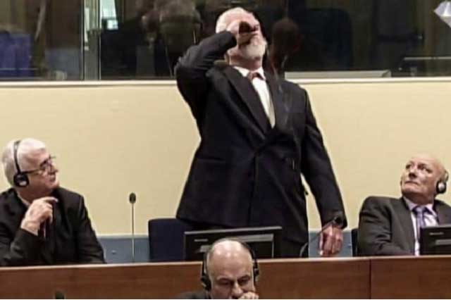Criminal de guerra toma veneno durante juicio en La Haya y muere en hospital