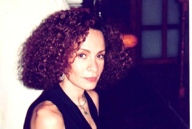 Murió la periodista Peggy Echánove hermana de María del Sol