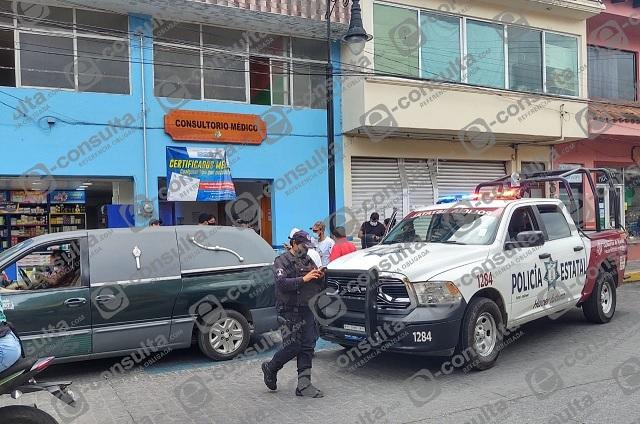 Muere mujer en consultorio de farmacias similares en Huauchinango