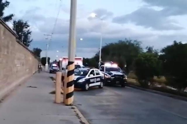 Derrapa motociclista y pierde la vida en Tehuacán