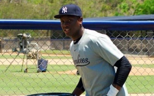 Muere joven beisbolista que estaba por debutar con los Yankees