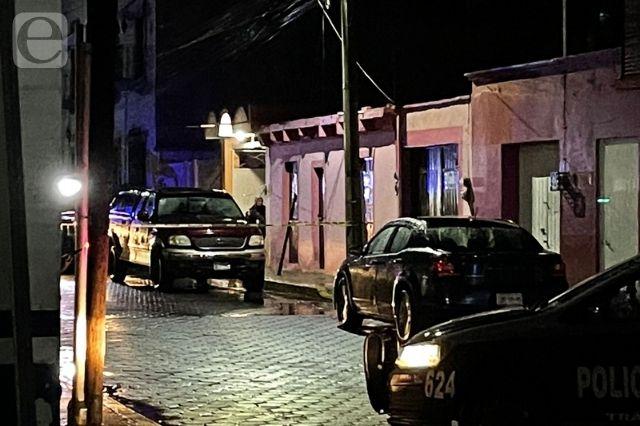 Hallan sin vida a un hombre en una camioneta en Cholula