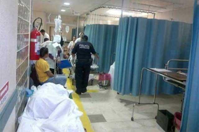 Un muerto y dos heridos deja volcadura en Nopalucan