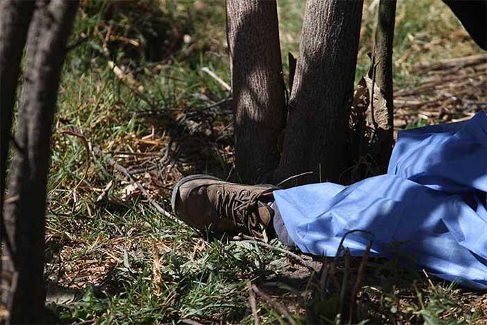 Encuentran cadáver de hombre, con herida punzocortante, en Tochtepec