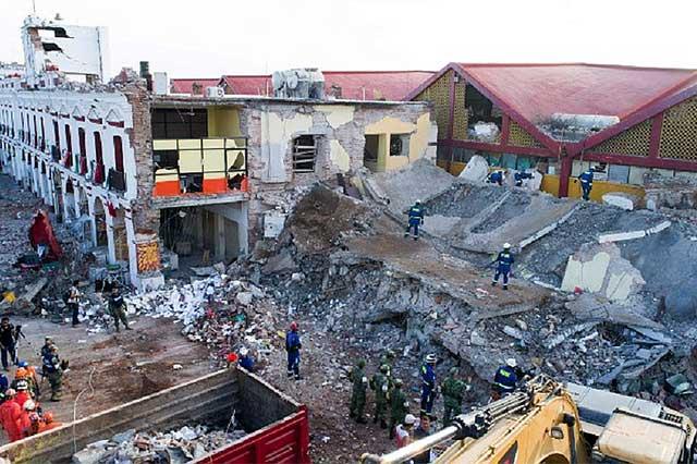 Han muerto 95 personas por el sismo de 8.2: vocero presidencial
