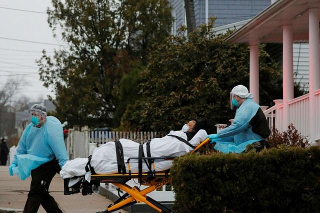 Muertos por Covid-19 en Nueva York podrían ser enterrados en parques públicos