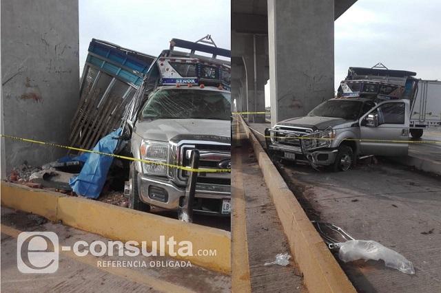 Dos muertos y dos heridos deja choque en la Puebla-Orizaba
