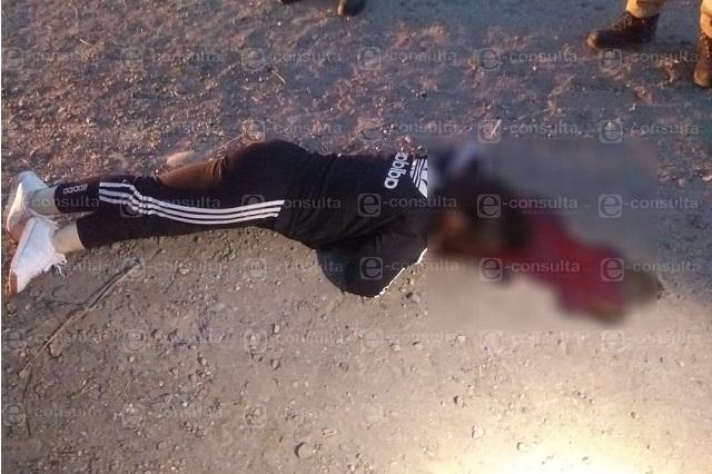 De dos disparos matan a mujer al salir de una fiesta en Atlixco