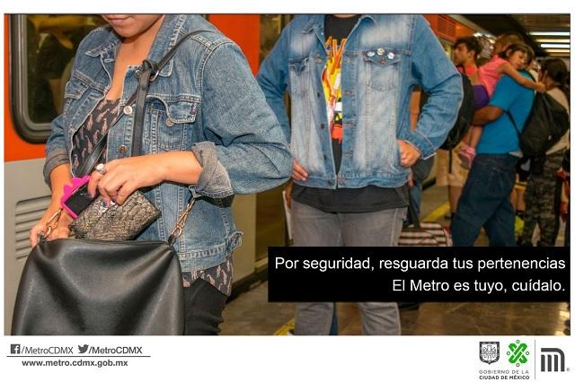 Capturan a una mujer que robó en el Metro un iPhone de 25 mil pesos