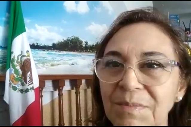Mujer pide renuncia de AMLO y se hace viral por grave error