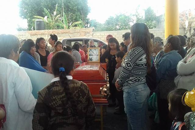 Tehuitzingo: condenan crimen de Ana Elia y exigen seguridad