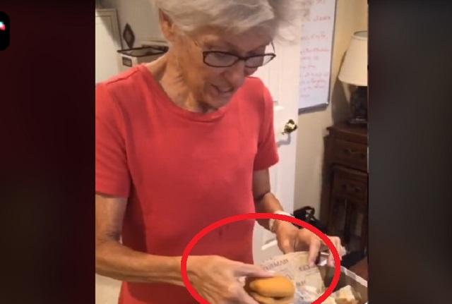 Video viral: Así se ve hamburguesa de McDonald's después de 24 años