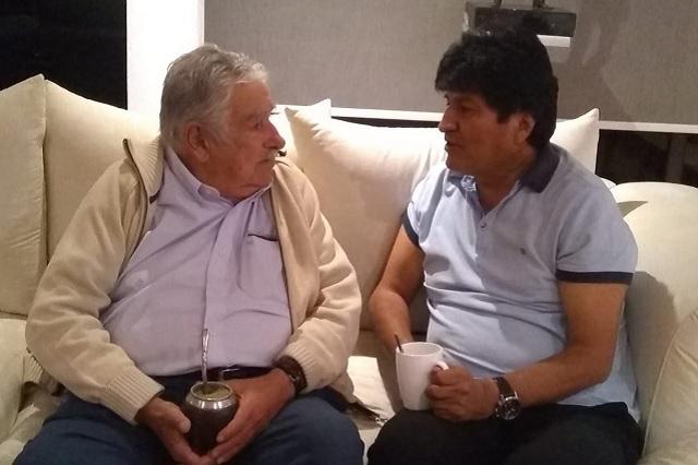 Evo Morales se toma un mate con José Mujica, ex presidente de Uruguay