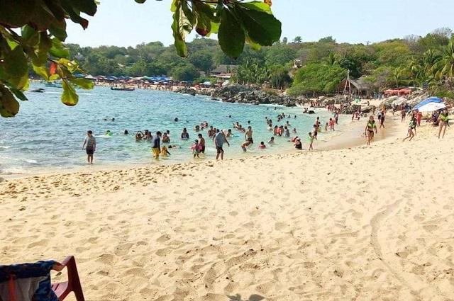 Multas y cárcel por no usar cubrebocas, en Puerto Escondido