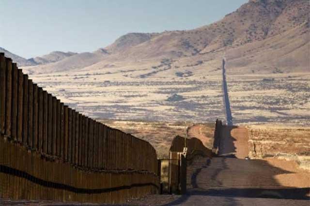 Ecovelocity, la empresa poblana que quiere iluminar el muro de Trump