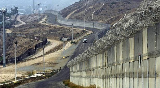 EU comenzará a construir el muro fronterizo en marzo de 2017