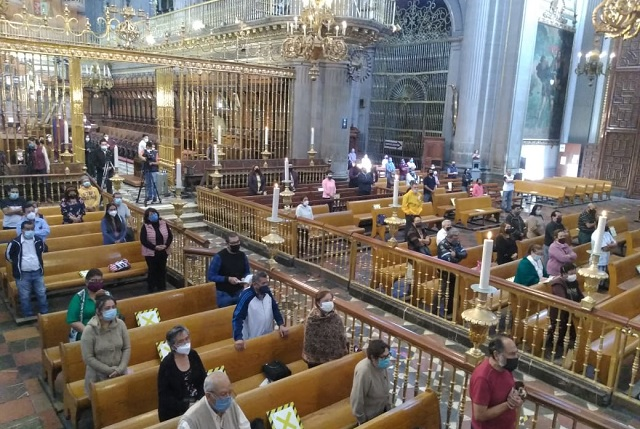 Mueren por Covid 35 religiosos católicos