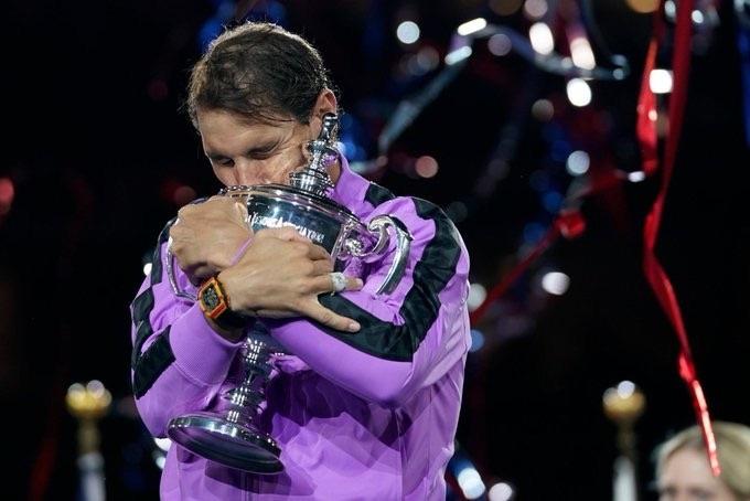 Nadal sigue haciendo historia en el US Open y va tras Federer