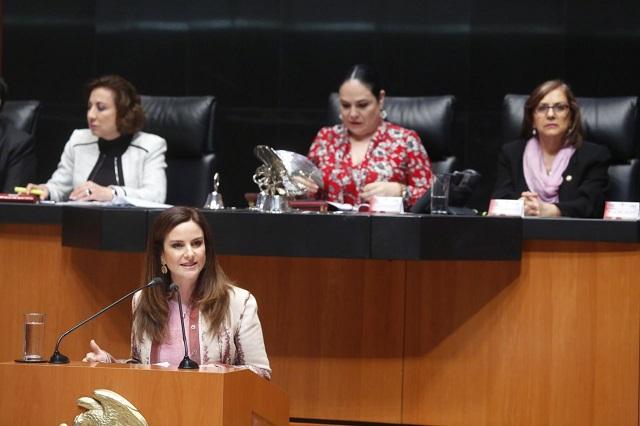 Develan en el Senado leyenda en honor al sufragio femenino en México