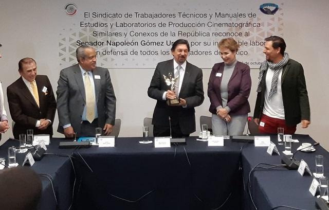Candidatean a Napito para dirigir el Congreso del Trabajo